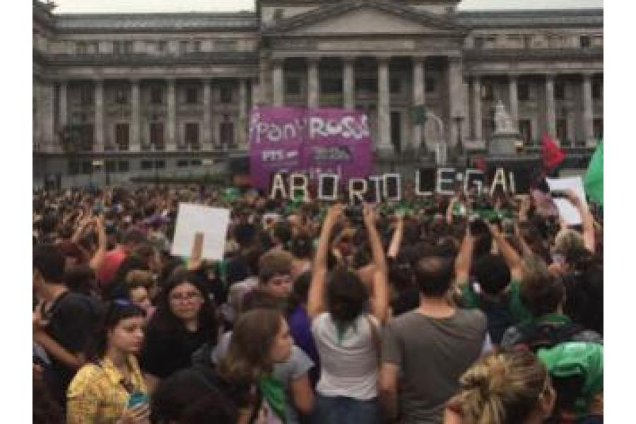 La legalización del Aborto vence en el Congreso argentino