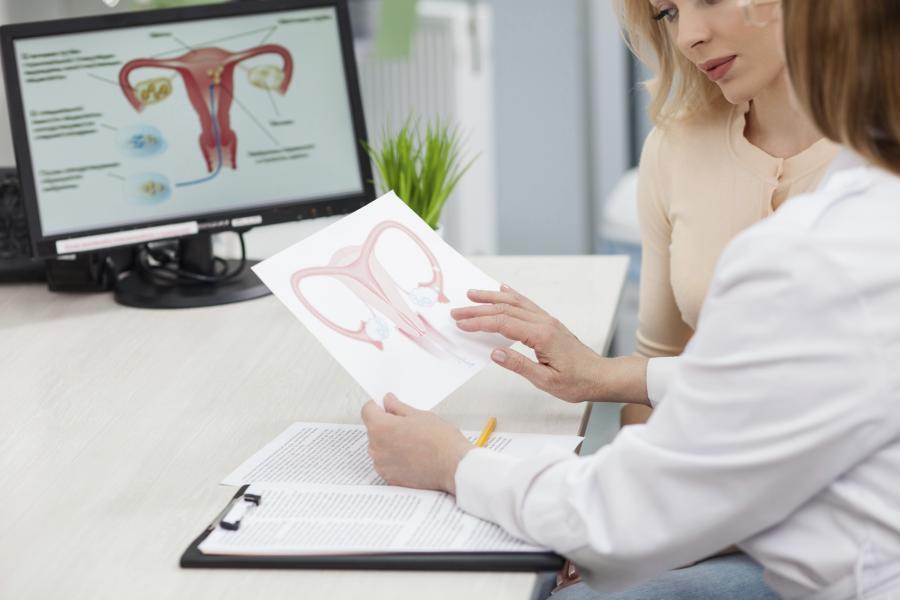 Qué es la histeroscopia y su utilidad ante un aborto espontáneo